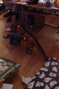 An epic dinosaur battle!
