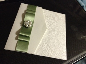 And finally the super pretty wedding invitation is revealed!