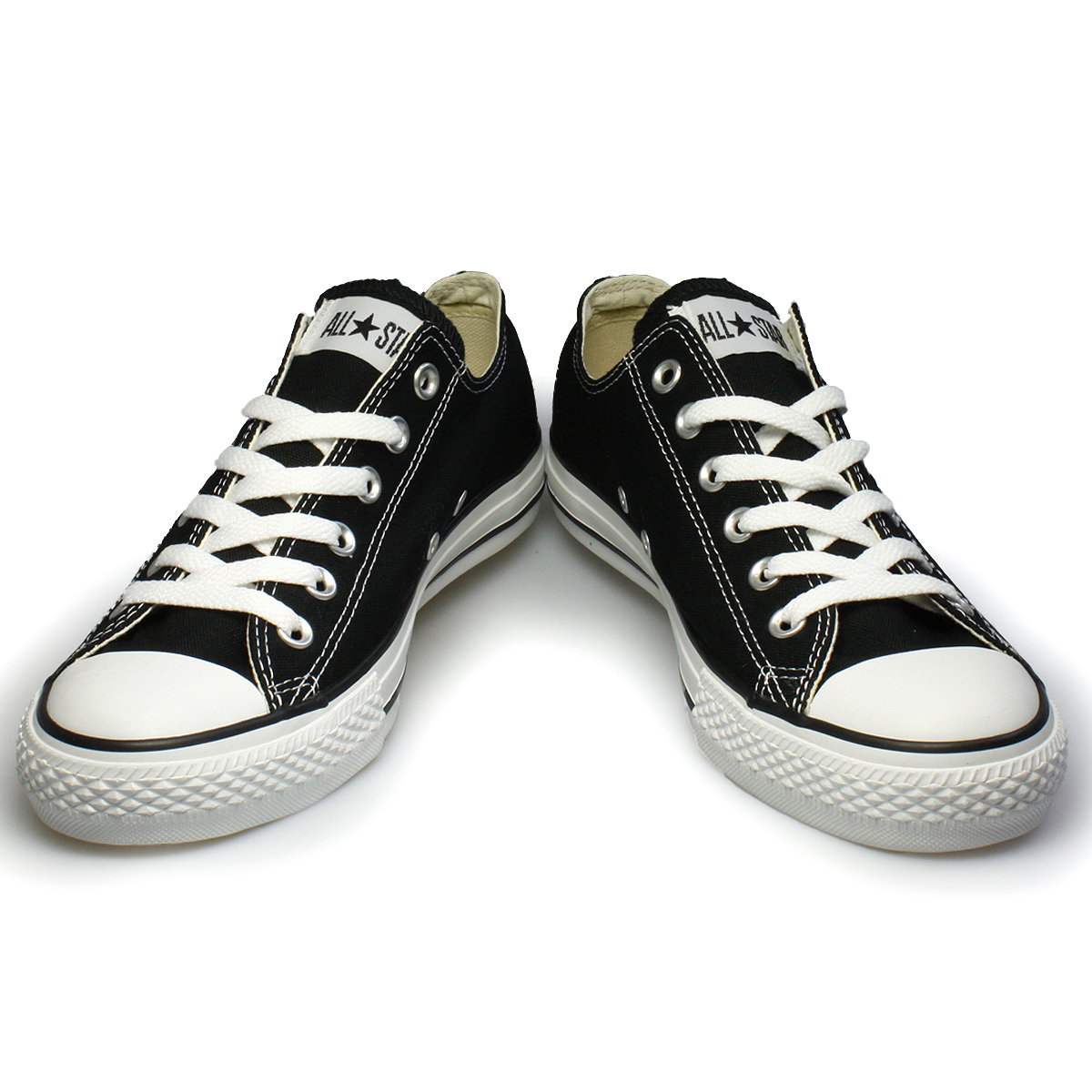 203f17ab28b5 ... shoes that look like this… converse