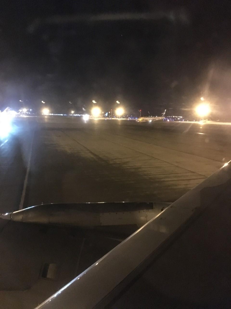 airline edmonton